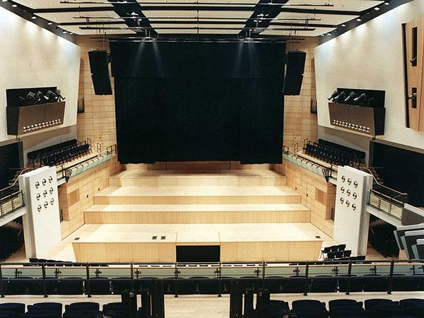Bühnen: GEORG FRIEDRICH HÄNDEL-HALLE